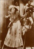 """Adelita,"" valerosa mujer durante la Revolución Mexicana ""<br /> Adelita,"" heroic woman during the Mexican Revolution <br />1910"